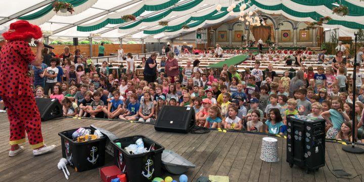 Fotos vom Besuch der Kindergärten und der Grundschule • 28. Mai 2018